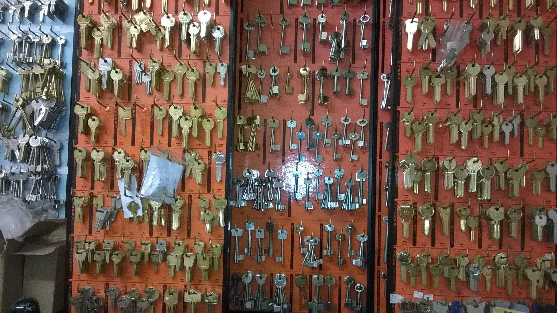 key cutting kingswinford